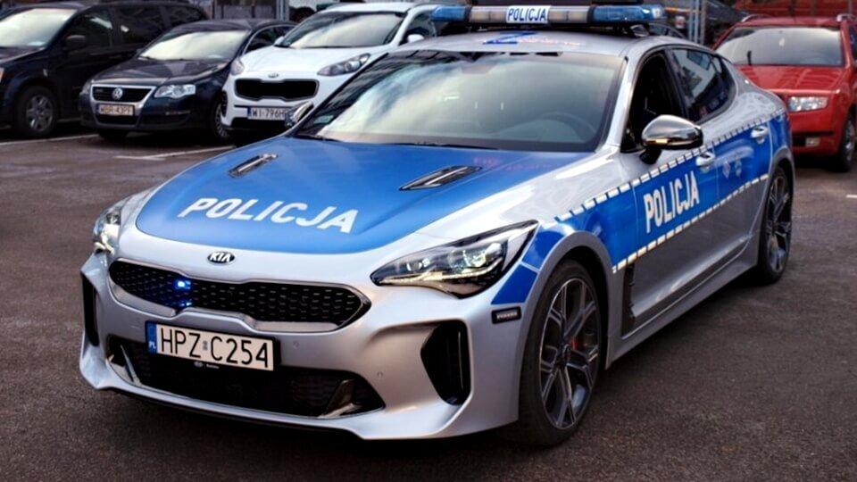 Policja-radiowoz-KIA-Stinger-GT-1.jpg.a9b8b38f3f1397a17a2fd1476dfb5c35.jpg